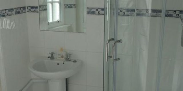 Brookwood Cottage Bathroom Downstairs