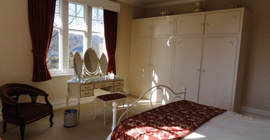 Brookwood Cottage Bedroom