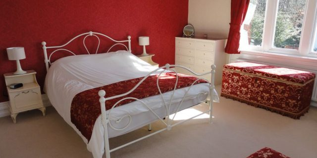 Brookwood Cottage Bedroom King
